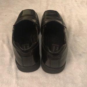 Men black Bostonian shoes